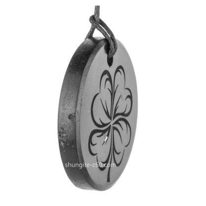 four leaf clover pendant stone