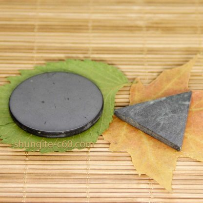 shungite circle and soapstone triangle compact