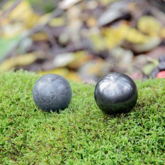spheres made of shungite and soapstone