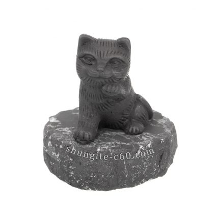 shungite maneki neko cat figurine