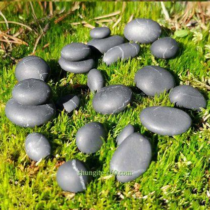 black shungite crystal stones